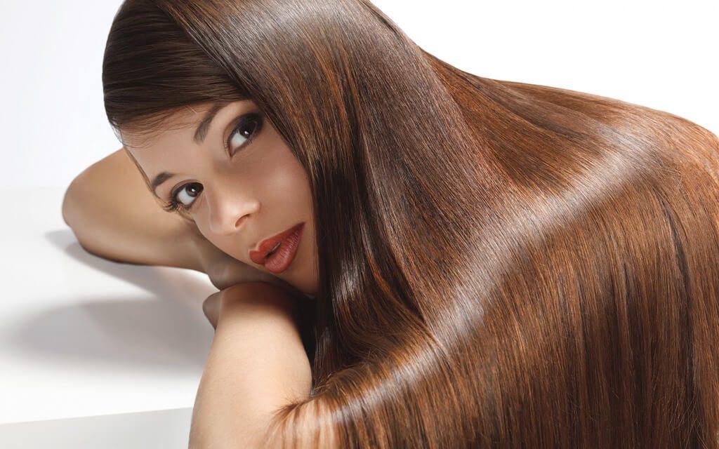 Castor olie for et glansfyldt og flot hår og hud. Læs mere på https://www.castorolie.dk